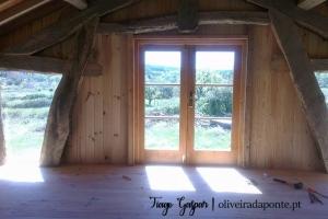 Casa de madeira para habitação com 2 pisos